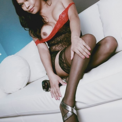 Carmen Moore Getting Ready For Sex